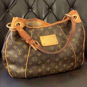 Louis Viutton Inventeur Bag